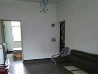 北山小区,黄金楼层,小三室,96平方,有简单家具,简装,户形方正,急售!急售!38.8万!