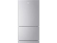 九成新冰箱,用了不到一年,因工作原因要去外地,現低價處理。