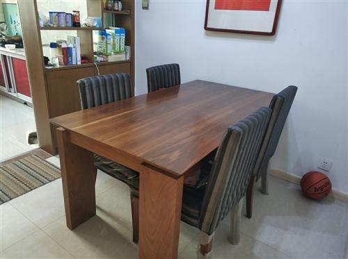 搬家處理 茶幾800 電視柜1000 餐桌帶餐椅  2300 限本地的朋友謝謝!