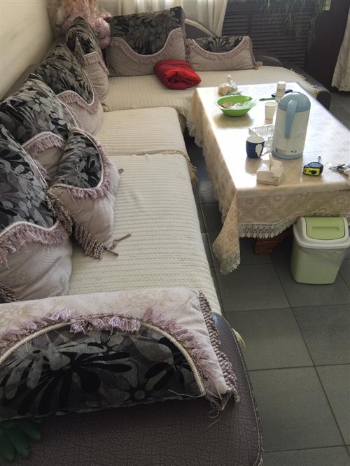 休闲沙发,4人带贵妃,8成新