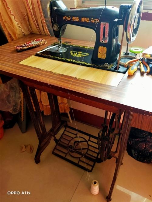 求購二手縫紉機,**是能用的,不好用就別聯系我了,要不弄來我不會修
