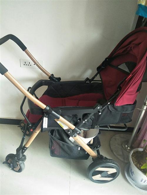 婴儿推车(准新车),亲戚满月时送的,一直在外带孩子,推车放家里没怎么用,家里空间小,占地方,想便宜处...