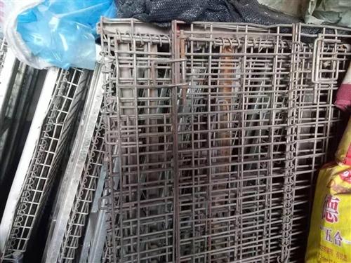 處理尺寸1.2×0.9×0.8倉庫折疊籠十幾個,8-9成新,有用的聯系15853671830