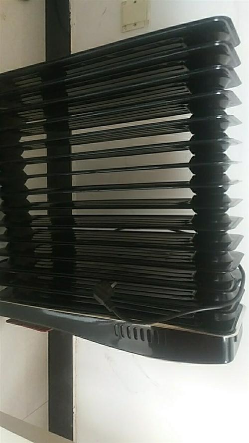 电热油酊取暖器,买了3年左右,用过一次。