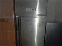雙門冰箱,大容量放東西多,適合人口多的家,和飯店冰箱,能放多東西!