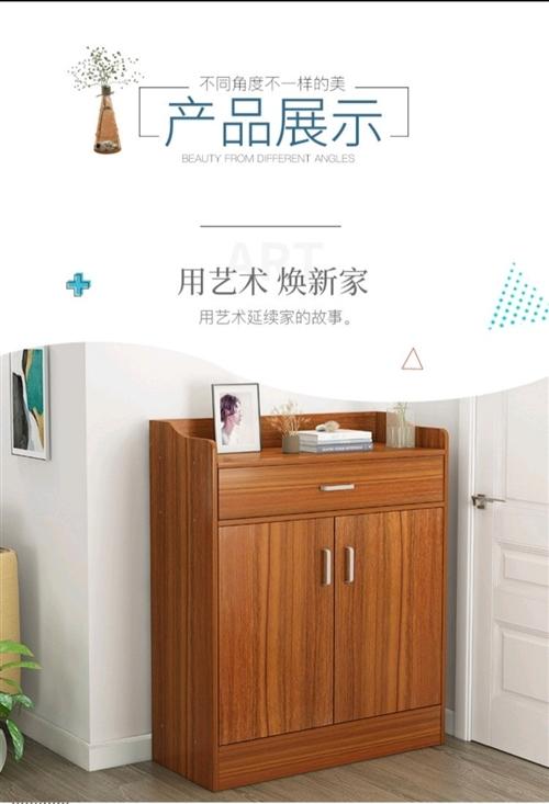 几乎**的鞋柜,没怎么用过,家里装修买了一整套的家具,用不上了。长1米,宽40厘米,高1米, 实木的...