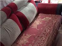 布质沙发一张,七成新