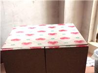 储物铁柜,也可当歺桌,带轮子。交易地上冲村。