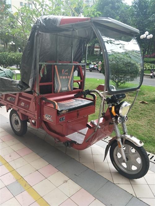 送快递三轮车,刚换新电瓶,同城交易,8成新,买到就是赚到 车厢长:1.5米,宽1米,36安6个大电池...