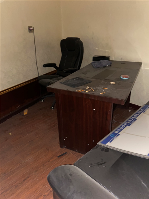 办公室桌子需要的联系