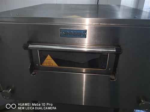 八成新新麥牌履帶式披薩烤爐,溫度,時間自動控制,出品快,口感好。