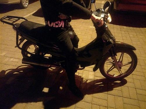 弯梁摩托车,车况外表都够用,,到手就骑,贼啦省油,上下班,代步神器