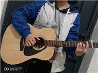 9成新 吉他雅马哈f310   原价989买的  一年时间   可以先看货  送两套达达里奥琴弦  ...