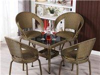 求购,求购图片上的二手桌椅一套