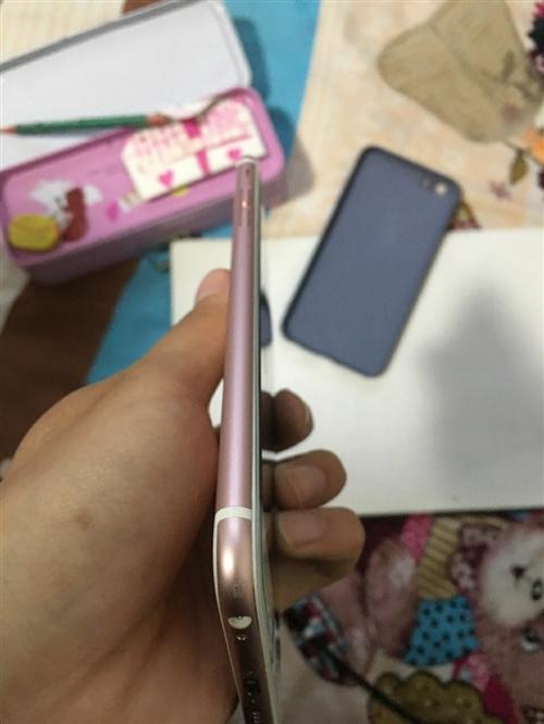 蘋果6sp 國行64g 指紋正常  給媽媽買的 用不著出售  換過電池屏幕  其他全好