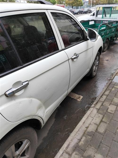 私人車,2012年的,沒有出過交通事故,平常很少開,有意電聯,車商勿擾