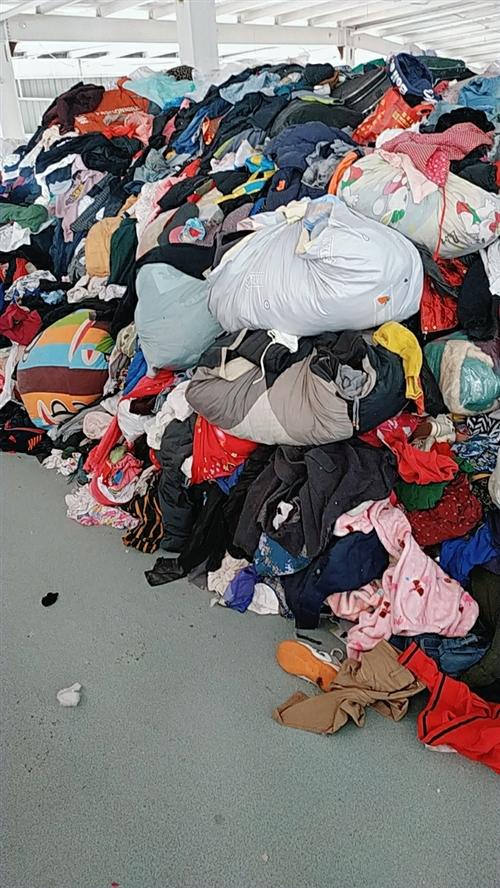 常年大量回收旧衣服 诚招各县市供应商