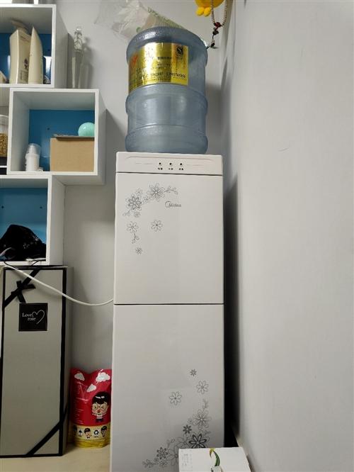 **美的熱水器,買了不到一個月,因沒地方放,特此出售,100塊自提