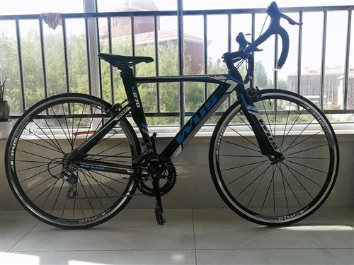WUS/  M270,碳纤维车架,Shimrno(变速器)专业公路赛车(自行车)/9成新