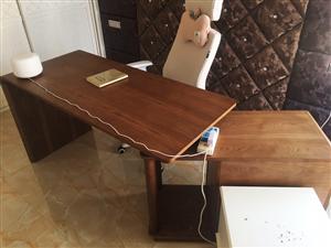 �光金水��**桌椅  2700�r格�I入  �F在一口�r700有需要的明天5.3-5.4可以直接�^�砜� ...
