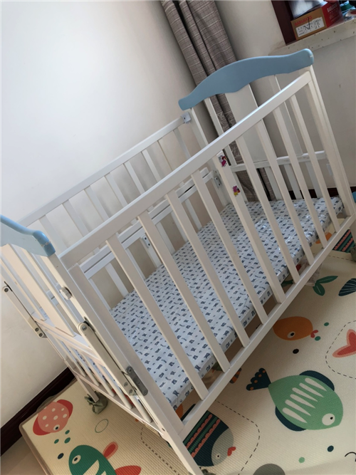 九五新婴儿床