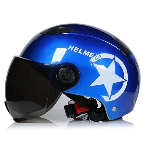 **哈雷头盔,定州同城可送货上门,可零售可批发。积极参与国家政策,一盔一带