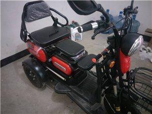 三輪電動車,600瓦電機,**代步電動車,可坐一家三口,特低價轉讓,買菜車,特別方便,
