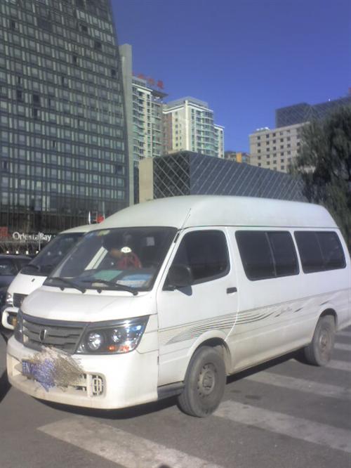 2011年的高顶金杯,北京车迁户回来的,车辆好,无任何事故,自家用,10万多一点公里,手续齐全,可随...