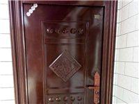 2017年装的新门,现在拆迁用不到了! 两个小门一个大门,共三个门。低价卖!