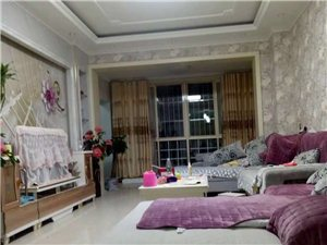 国际香江1栋3室 2厅 2卫76万元
