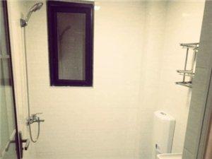 汇金天地3室 2厅 2卫2300元/月