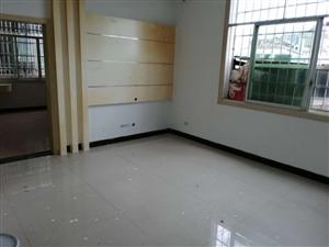 南街2室 1厅 1卫24.8万元
