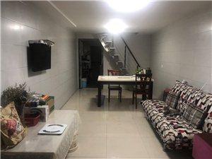 印合路3室 2厅 1卫1000元/月