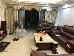 蓝溪国际4室 2厅 2卫3500元/月