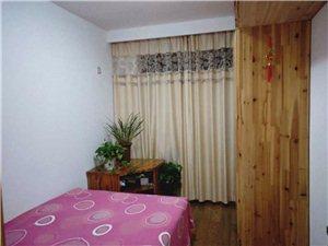 宁湘房产好房源星河枫园4室 2厅 2卫175万元