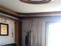 出售翼鹏小区四室两厅两卫140平米精装单元楼33万