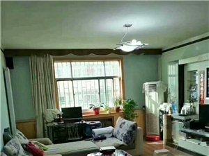 广场小区 3室2厅2卫 73万元低价出售