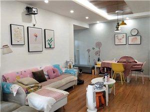 香江国际豪华3室 2厅 2卫108万元