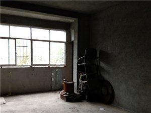 龙腾锦城3室 2厅 1卫82.8万元