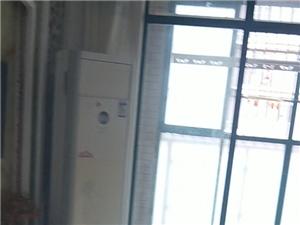 龙迪西区花园小区对面3室 1厅 1卫1400元/月