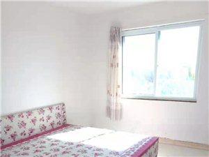 泰和名都,多层5楼,三室两厅,简单家具拎包入住