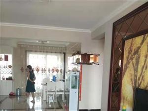 中泰锦城3室 2厅 2卫104万元