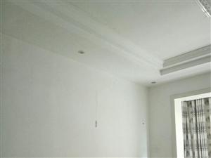 辰龙花园126平米,三室两厅一厨两卫,精装修,可以