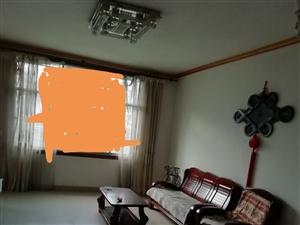 城北路3室 2厅 1卫900元/月
