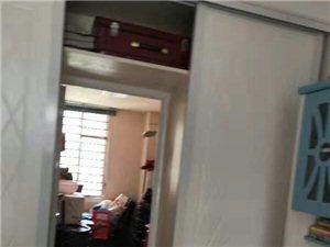 万景观邸3室 2厅 2卫79万元