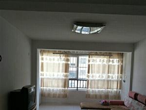 幸福家园一楼出租1300元/月
