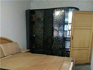 居民村2室 1厅 1卫600元/月