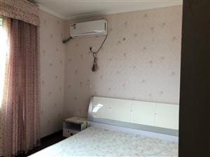 陽光上海城2室 2廳 1衛1400元/月