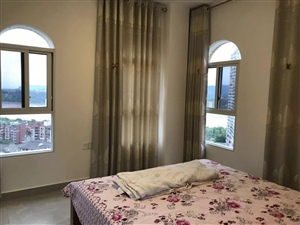 巴塞羅那樓頂自建1室 1廳 1衛700元/月