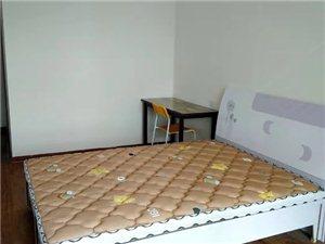 六合幸福門3室 1廳 2衛500元/月
